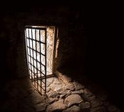 Scritto di Gabriel Pombo da Silva sulle carceri in Portogallo