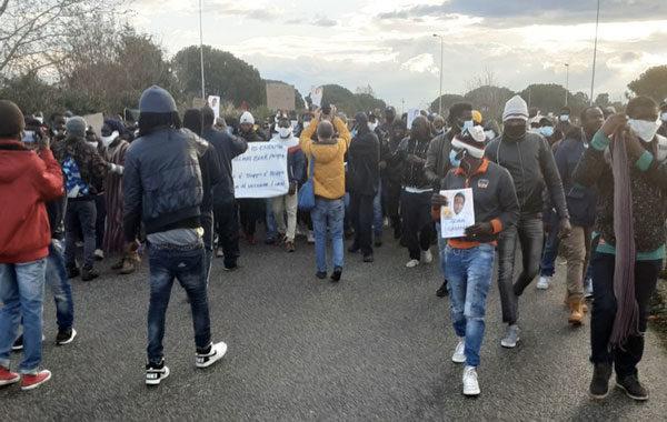 Comunicato diffuso dai lavoratori delle campagne a seguito della protesta di ieri a S. Ferdinando
