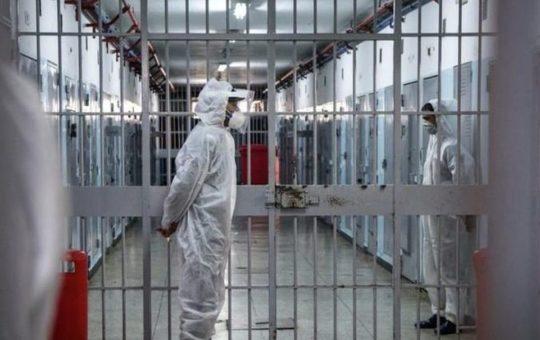 Carcere: dalle rivendicazioni delle persone detenute alla proposta di vaccini e nuove galere