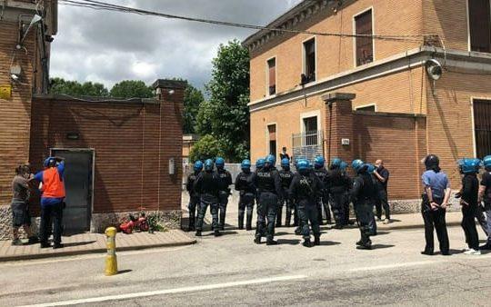 Della rivolta nella ex caserma Serena a Treviso e della sua repressione: non lasciamo solo chi lotta per la libertà