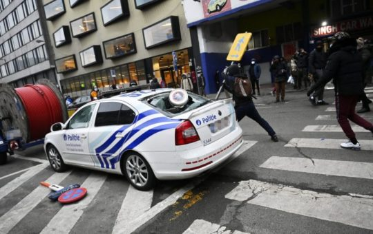 Bruxelles: Police partout, justice complice