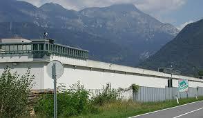 Sabato 06.02 presidio al carcere di Tolmezzo