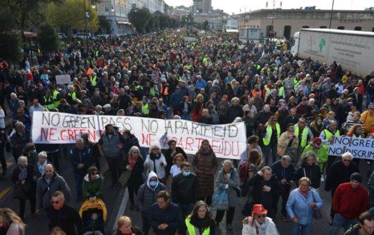Una prospettiva sulle mobilitazioni contro il Green Pass a Trieste
