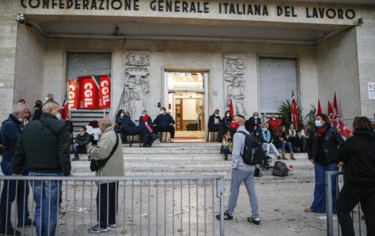 Sull'attacco fascista alla sede della CGIL, un testo da Bologna